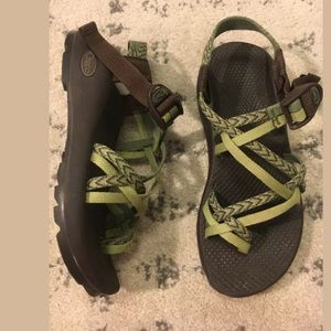 Chaco Zx3 strappy hiking sandals